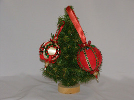 Vintage 1970 Hand Made Jeweled Christmas Ornaments Lot of Two - $19.50