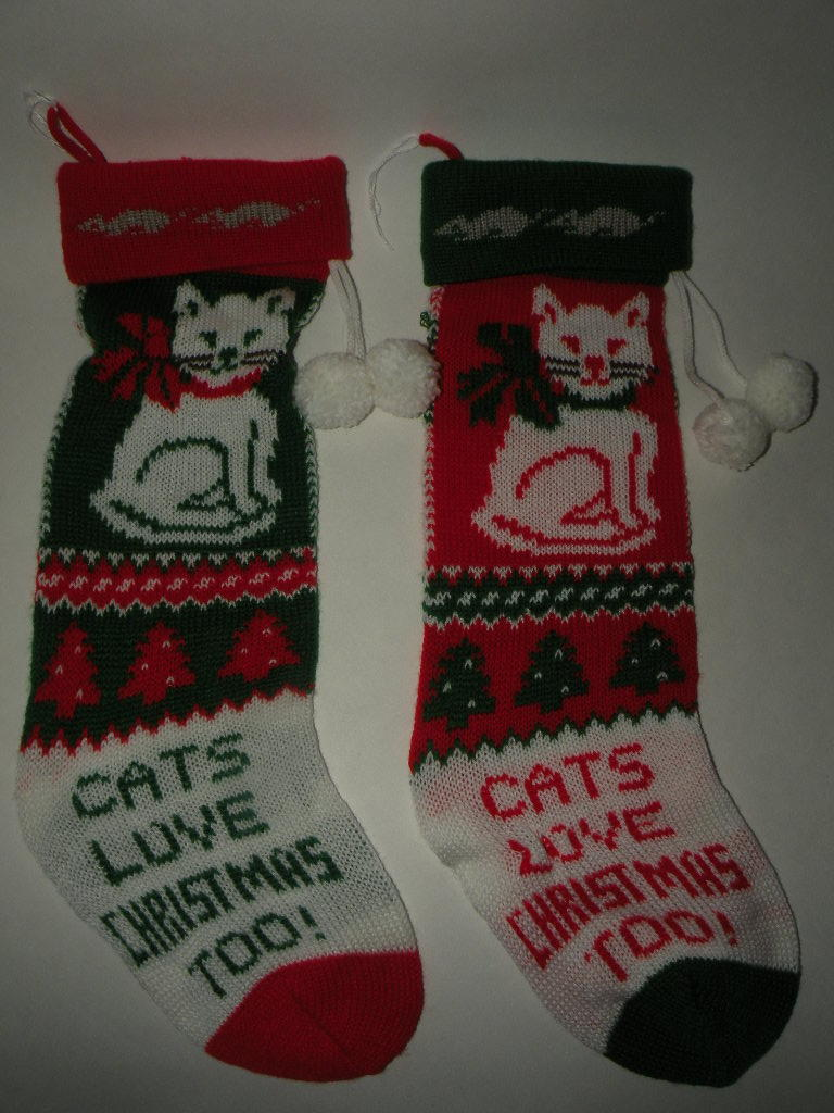 2 Hand knit Kitty Cat Christmas Stockings CUTE!