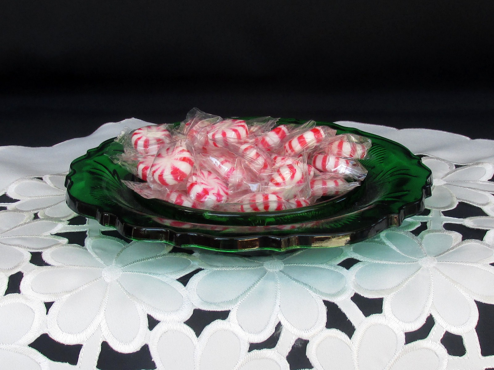 Primary image for Hunter Green Inverted Thistle Candy Candle Dish Home Decor