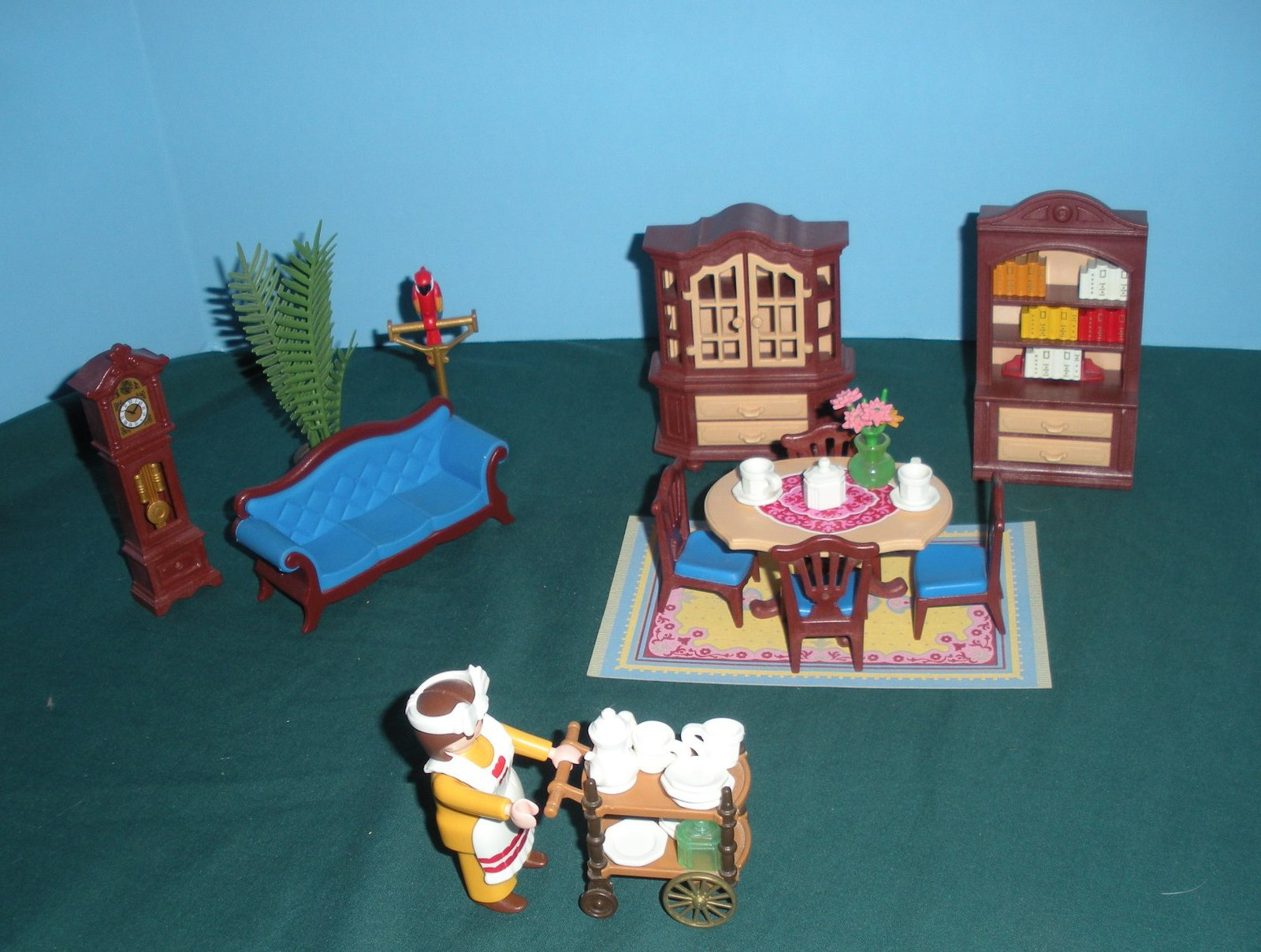 Vtg playmobil 5316 dining room 99 9 comp and 50 for Playmobil dining room 5335