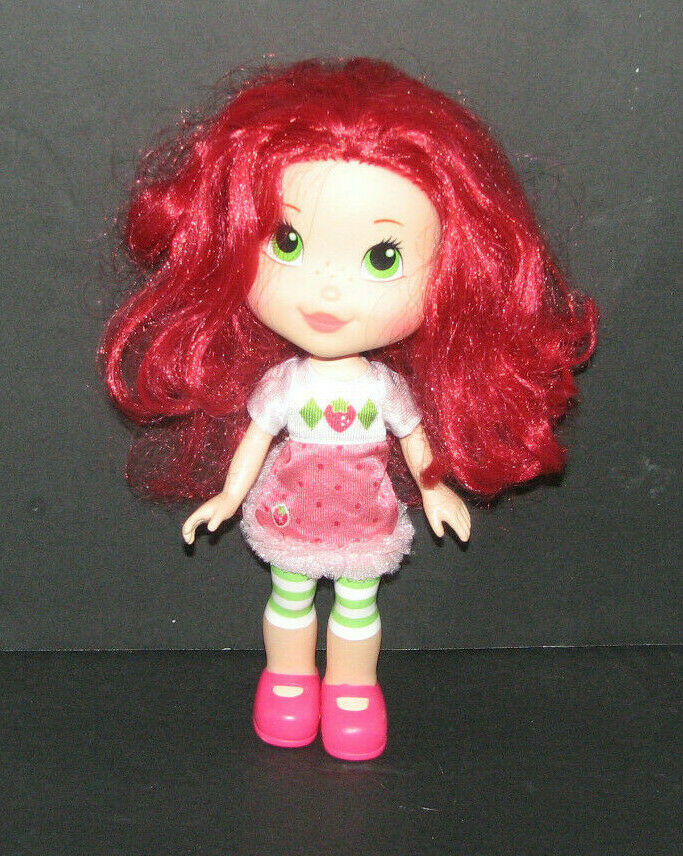 Strawberry Shortcake Scented Doll 11 Inches