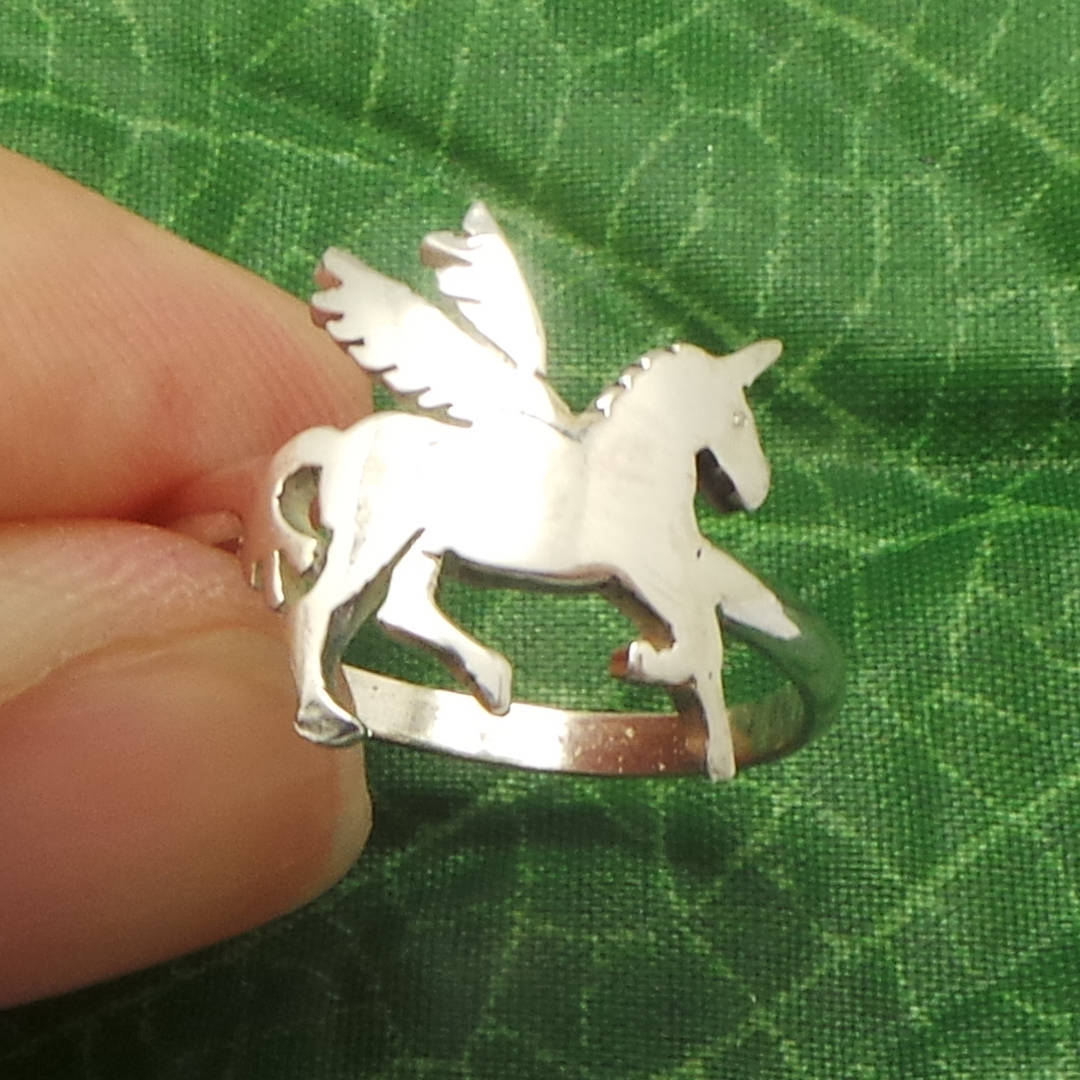 Handmade 925 Sterling Silver Fantasy Unicorn Ring - US 4 - 14