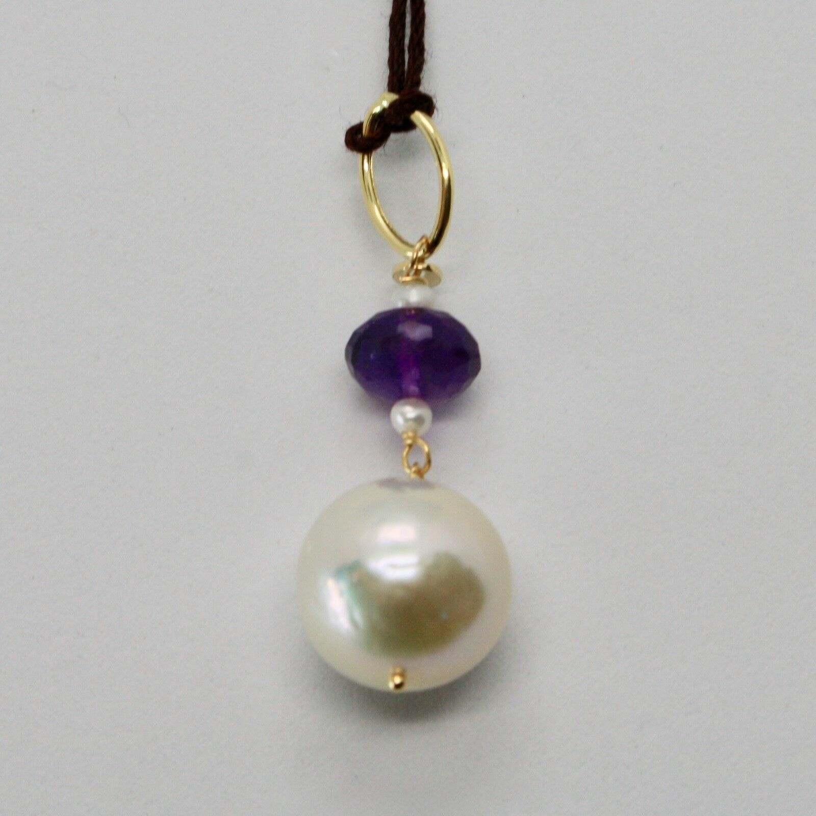 Charm 18k 750 Yellow Gold with White Pearl Freshwater and violet amethyst