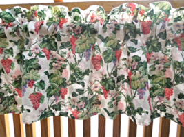"""Lovely Grapevine Valance - Approximately  68"""" x 14""""  Green and Coral  #6... - $11.99"""