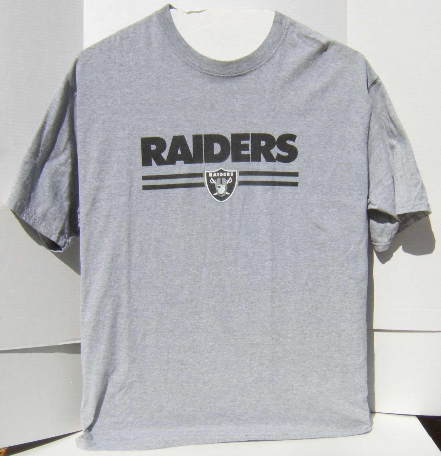 Pre-Owned NFL Oakland Raiders AFC West Short Sleeve XL T- Shirt