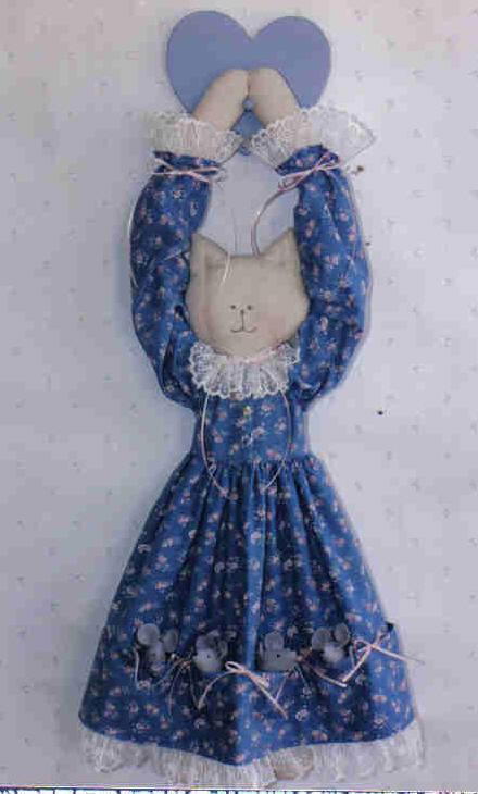 Judiann Sew Special Pattern Cat Mouse stuffed Doorknob hanger Doll MC1