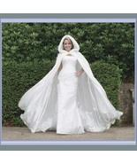White Victorian Renaissance Floor Length Satin Fur Trimmed Hooded Cape Cloak - €202,86 EUR