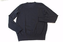 W11903 Womens Gap Black Wool v-neck Pullover Sweater, Long Sleeves, Size Small - $32.84