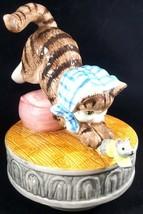 Beatrix Potter Miss Moppet Music Box Schmid Cat Mouse 1990 Vintage Figurine - $20.48