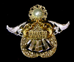 Expect a Miracle Angel Pin by Rosemary Nelson 1995 - $16.98