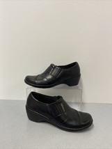 Clarks Collection Soft Cushion Black Leather Women's Shoes Size 6.5 Zip Side - $18.48
