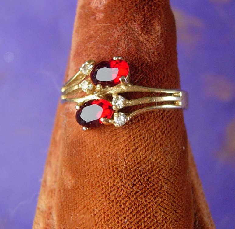 Simulated Duel Garnet Costume Ring Vintage Women's Fashionable Jewelry