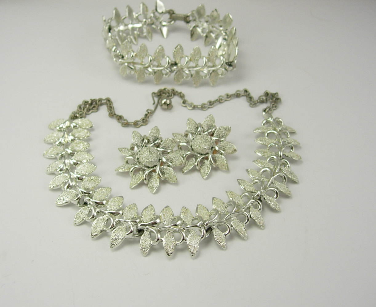 Vintage Fancy Parure Necklace Clip On Earrings Bracelet Set Wedding Anniversary