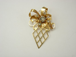 Vintage Rhinestone Ribbons Brooch Fancy  Birthday Wedding Mothers Day - $20.00