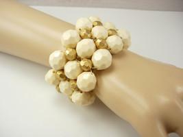 Vintage Creme Bauble Bracelet Huge Fancy Birthday Mothers Day Anniversary - $20.00