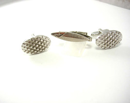 Vintage Modernist Tread Cufflinks Signed Shields Bonus Fish Tie Clip - $40.00