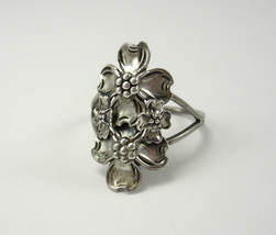 Vintage Dogwood blossom  Ring Sterling Silver Birthday Mothers Day Anniv... - $65.00
