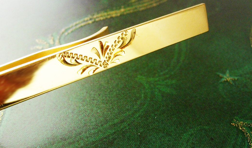 Gold Filled Tie Clip Victorian Design Vintage Marked CMC GF Diamond Cut Butterfl