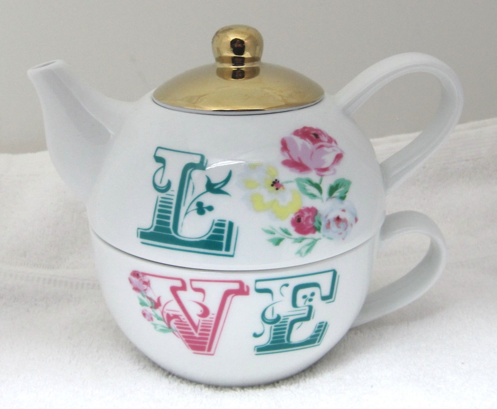 Primary image for MINT Stacking Teapot & Cup Love w Roses Ciroa Romantic Bohemian Style NICE!