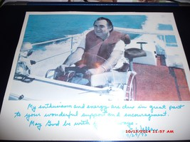SIGNED NOTE &  PHOTOGRAPH FROM GEORGE C. WALLACE  BOATING PICTURE DATED ... - $39.35