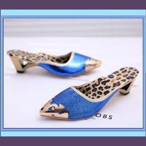 Low Elegant Pointed Toe Fluer De Gold Glitter Slippers in Blue Black or Gold image 4