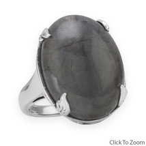 Sterling Silver Ring with Oval Labradorite Stone - €76,29 EUR