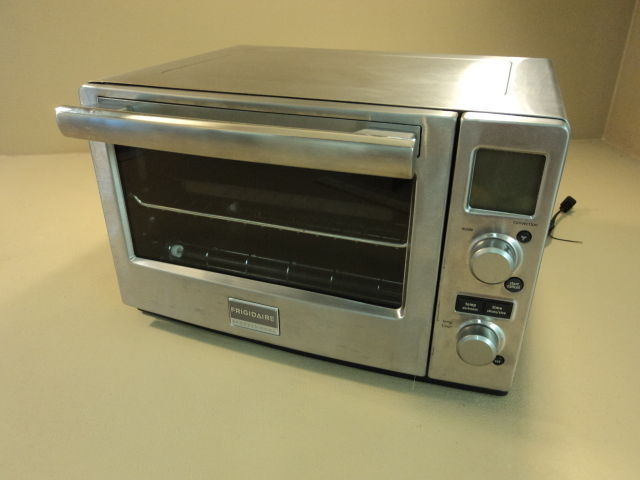 Frigidaire Convection Toaster Oven Professional FPC006D7MS Stainless Steel