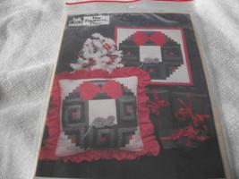 Christmas Craft Lot 3: Holiday Wreath Pattern, Cross Stitch Kit & Poinse... - $12.00