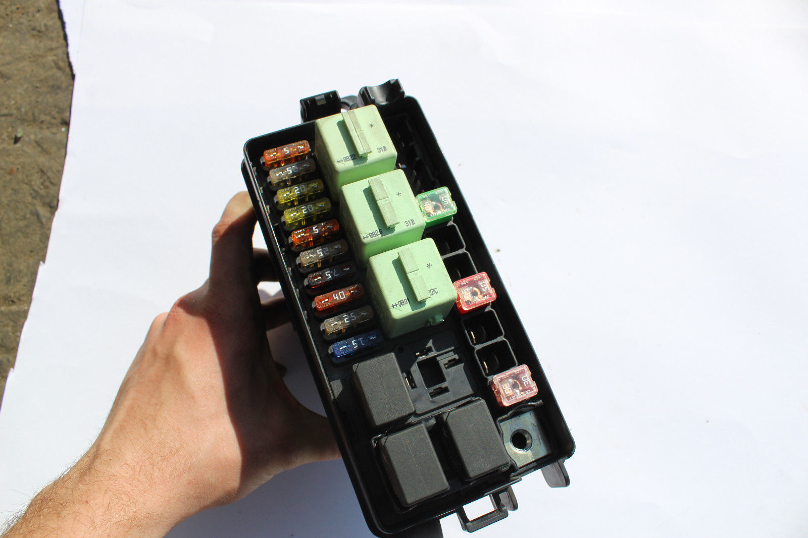 Mini Cooper Engine Bay Fuse Box