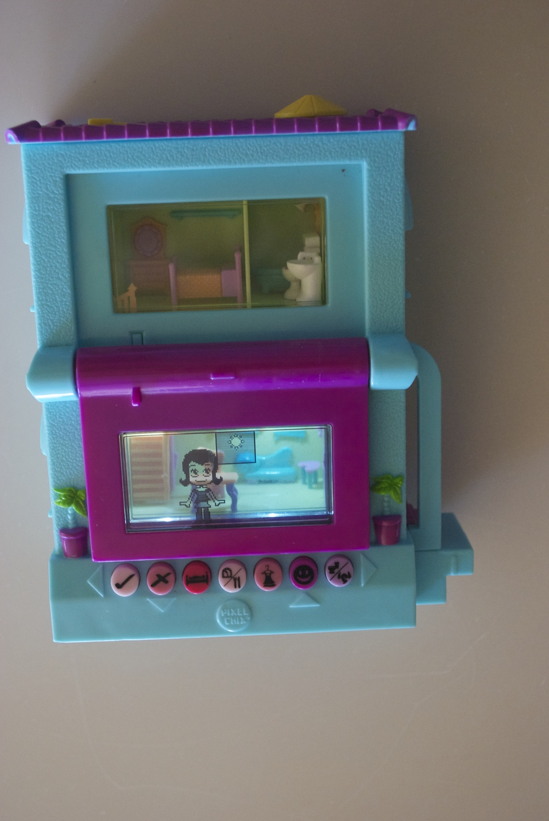 Pixel Chix Pool House Doll Electronic Game Turquoise with Purple