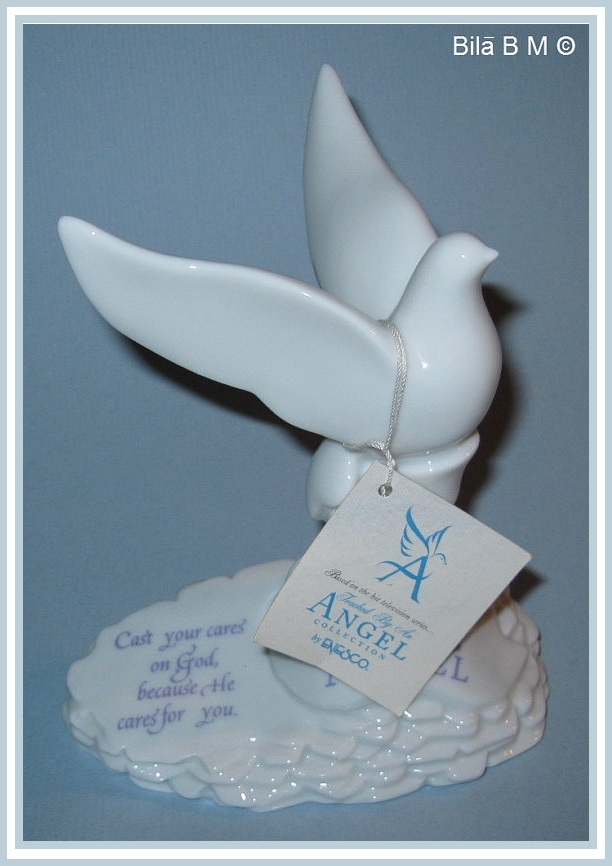 Primary image for TOUCHED By An ANGEL Collection Statue by ENESCO - FREE SHIPPING
