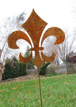 Fleur De Lis Garden Stake / Garden Art / Garden Decor / Rustic Decor / M... - $38.99
