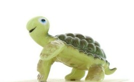 Hagen Renaker Miniature Turtle Smiley Ceramic Figurine