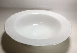 "Mikasa Hampton Bays Round Vegetable Serving Bowl 10 5/8"" - $12.85"
