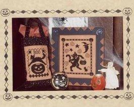 Black Cat's Halloween One-Color Wonders monochrome cross stitch Waxing Moon  - $8.00