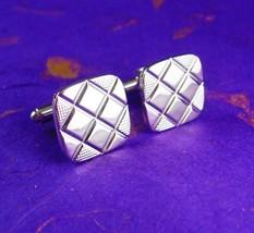 Vintage Cufflinks Silver Quilt Texture Designer Shields Fine Decorative Cuff Jew - $65.00