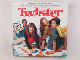 TWISTER BOARD GAME 1998 THE GAME THAT TIES YOU UP IN KNOTS! EXCELLENT TR... - £13.73 GBP