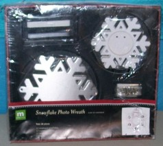 Making Memories Snowflake Photo Christmas Wreath Kit [Kitchen] - $8.99