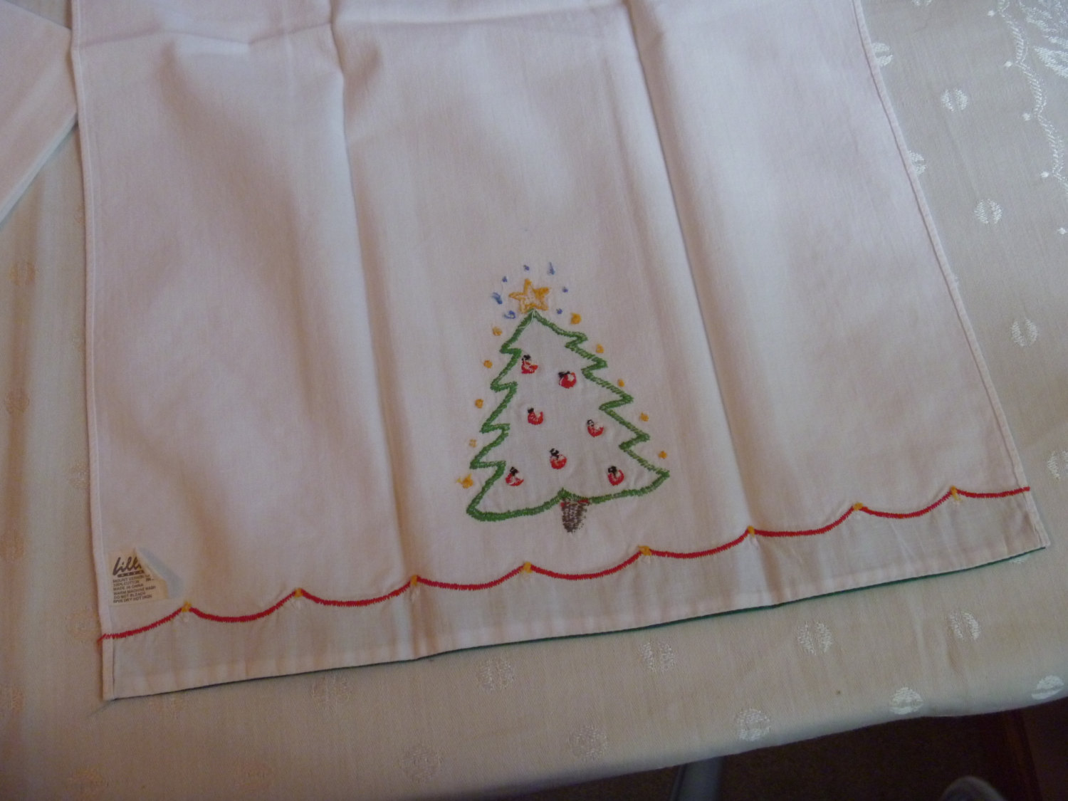 Holiday Cotton Kitchen Towels Christmas Trees Stitched Applique Crewel Lillian V Other