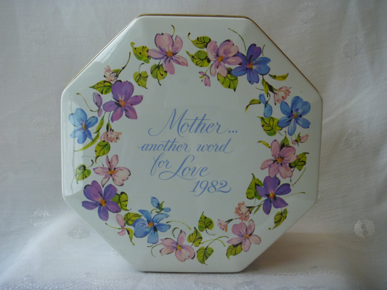 Avon Canister Mothers Day 1982 Another Word For Love