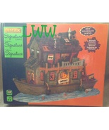 Lemax Halloween Spooky Town Village Signature Collection Haunted Houseboat  - $65.99