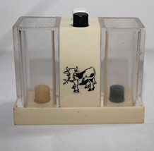 Retro Vintage 1960's Push Button Salt & Pepper Dispenser Whirley Industries - $8.99