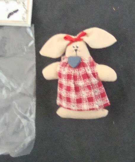 Lot  Of  2  BUNNY PINS   NEW