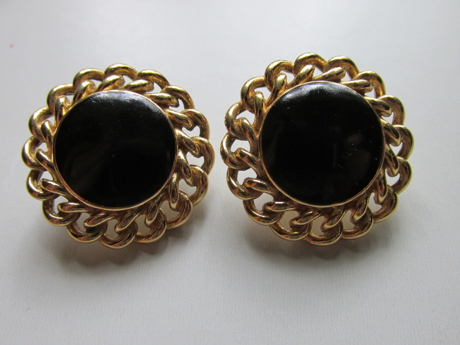 Vintage / Retro Black Enameled Monet Choker & Pierced Earrings Set