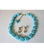 Vintage / Retro Trifari Turquoise Beaded Necklace,Tear Drop Clip Dangle ... - $16.00