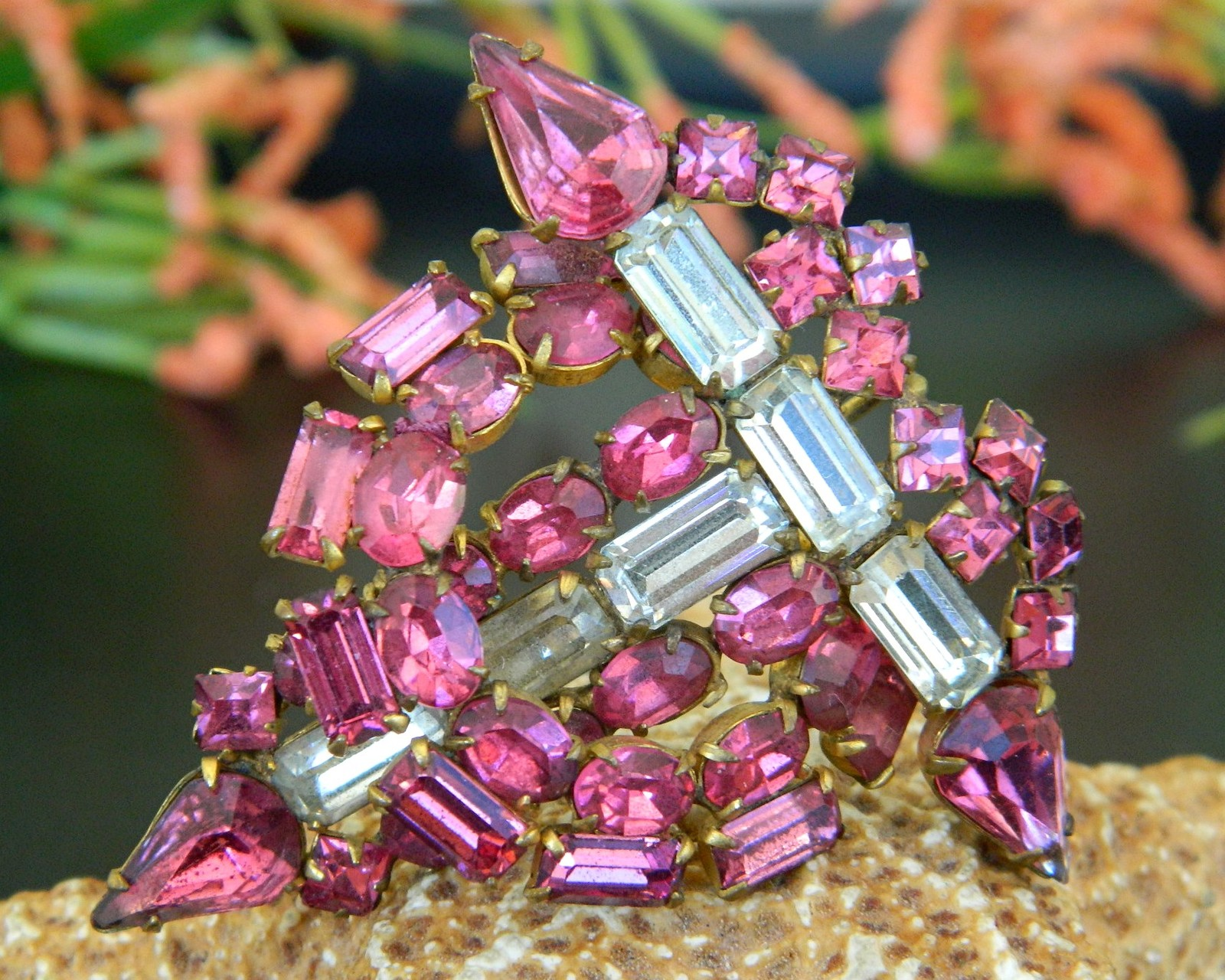 Primary image for Vintage Art Deco Pink Fuchsia Rhinestones Baguettes Sectional Brooch Pendant