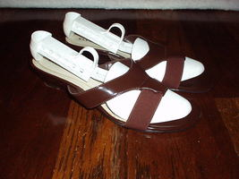"Ellen Tracy Women 1"" H Wedge Sandals Shoes In Half Fabric Across Open Toe   Nice - $6.99"