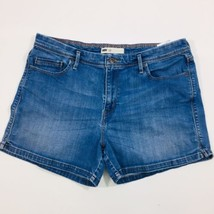 Levis Womens size 16 Medium Wash Zipper Fly Denim Shorts - $15.79