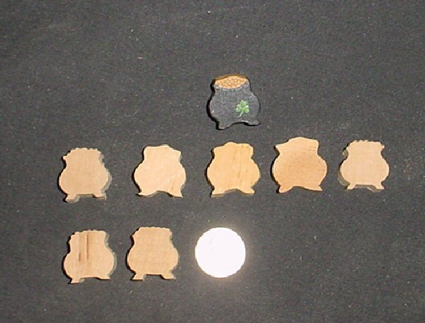 LOT of 7  MINIATURE Unfinished  Wood St Patricks  POT Of GOLD NEW