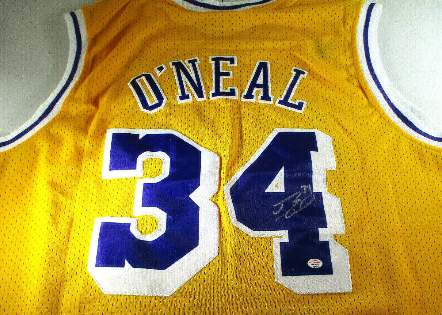 SHAQUILLE O'NEAL / AUTOGRAPHED LOS ANGELES LAKERS YELLOW PRO STYLE JERSEY / COA
